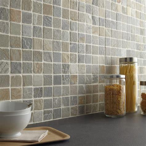 mosaique murale cuisine mosaique multicolore salle de bain