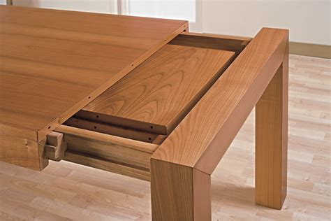 tavoli in legno allungabili prezzi tavolo legno massello allungabile prezzo tavoli in legno