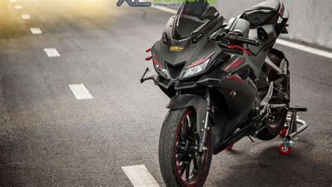 Best Modification R15 by This Customised Yamaha Yzf R15 V3 Looks Absolute
