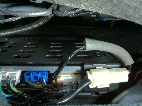 mounted box  passenger seat subaru outback subaru