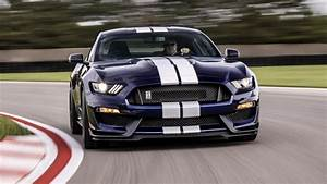2020 Ford Mustang Shelby GT350: Review, Price, Photos, Features, Specs