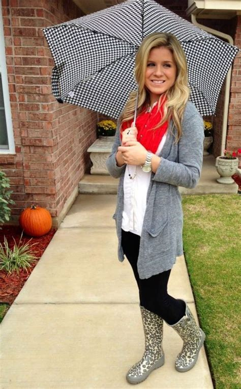 Picture Of Rainy Day Outfit Ideas 16
