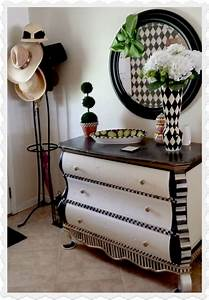 DIY Black and White Decorating Ideas - Home Decor
