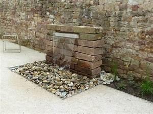 Dünger Für Garten : brunnen f r gartenmauer garten wasserfall mauer naturstein ~ Whattoseeinmadrid.com Haus und Dekorationen
