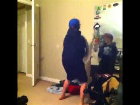 Diplo: boy oh boy dance - YouTube