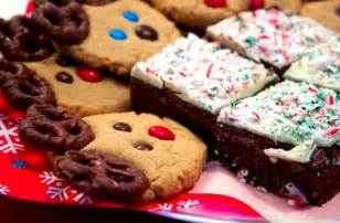 christmas baked goods 10 great office gift ideas for your boss officefurnituredeals com design news blog