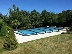 Abri Piscine Bas Coulissant : l 39 abri de piscine bas ~ Zukunftsfamilie.com Idées de Décoration
