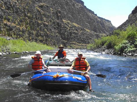 saturn  inflatable rafts  class iv whitewater