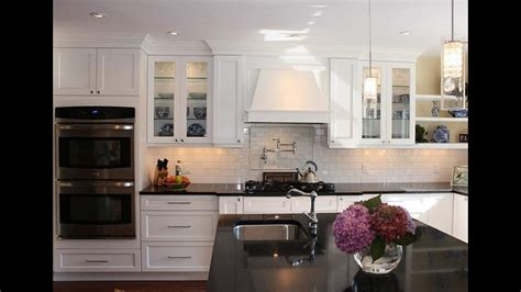 Kitchens With White Cabinets by Shaker Kitchen Cabinets Shaker Style Kitchen Cabinets