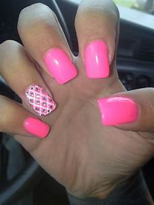#nails #pink #acrylic #gems #lines #acrylic-nails #cute ...