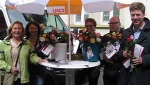 Markt De Biedenkopf : rosen zum muttertag von der frauen union und dem bundestagskandidaten dr stefan heck fu ~ Orissabook.com Haus und Dekorationen