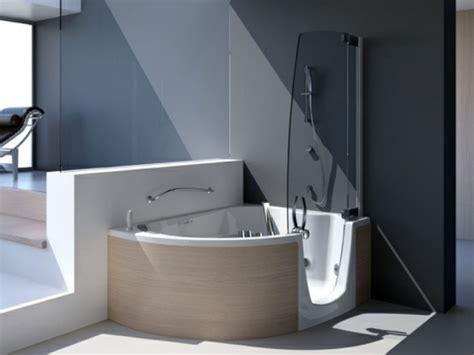 Moderne Badewanne Mit Dusche by Badewanne Mit Duschzone Tolle Beispiele Archzine Net