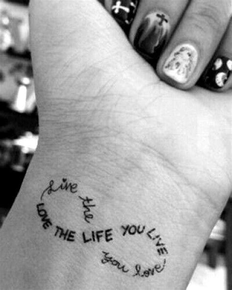 109 Small Wrist Tattoo Ideas for Men and Women (2020)   Stylish tattoo, Wrist tattoos for women