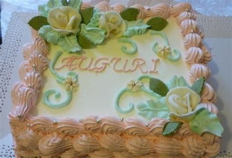 torte di compleanno decorate con fiori torta di compleanno decorata in panna montata italiancakes