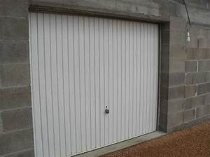 Porte de garage basculante tubauto materiaux de for Porte de garage basculante tubauto