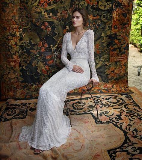 Romantic Latest Lace Backless Wedding Dresses V Neck Long