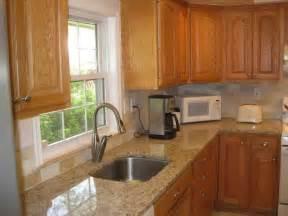 oak cabinets kitchen ideas 1000 ideas about honey oak cabinets on oak kitchens cabinets and granite