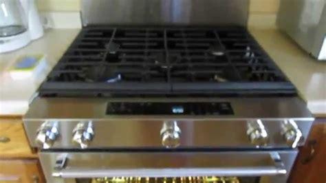kitchenaid    cu ft   gas range