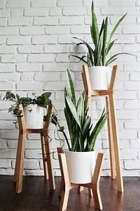 Support Plante Intérieur : porte plante bois interieur ~ Teatrodelosmanantiales.com Idées de Décoration