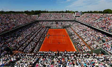 SIMONA HALEP (ROU) 2018 Roland Garros emotional CHAMP playing4 millions of FANS around the World - YouTube