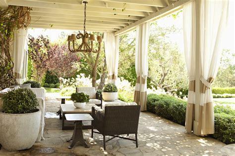 Patio Arrangements by Outdoor Furniture Arrangement Design Ideas