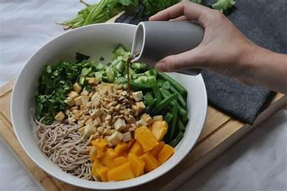 Noodle Gifs Soba Salad Eating Dressing Eat