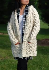 Hand Knit Women Chunky Cable Aran Irish Fisherman Sweater Coat Cardigan Top Whole Wool Ivory White S M L XL