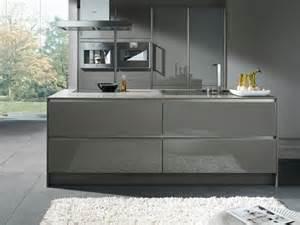 Kitchen Island Units Uk Moderne Küchen In Edlen Graunuancen