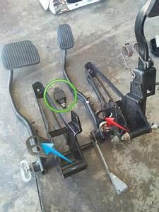 Manual Swap Brake Light Switch - Volvo Forums