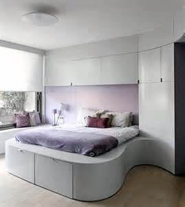 bedroom decor ideas tiny master bedroom decorating ideas pic 012