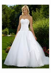 White rose weddings celebrations events lets talk more for Wedding dresses sweetheart neckline