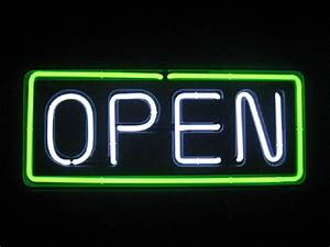 Neon Open Sign Horozontal BB 007White OPEN Green border