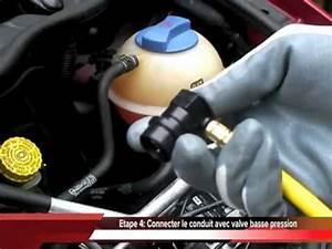 Recharge De Clim : comment recharger la clim d 39 une voiture soi m me youtube ~ Gottalentnigeria.com Avis de Voitures