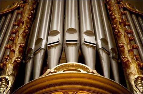 Katedrāle saņem dāvinājumā ērģeles