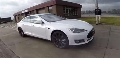 2016 Tesla Model S P90d Ludicrous Autobahn Acceleration