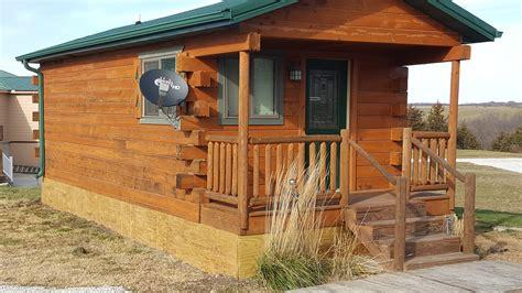 cabin rental iowa year cabin rentals in chariton iowa country cabins