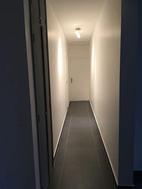 peindre la cuisine nous souhaitons peindre nos couloirs au sol gris foncé
