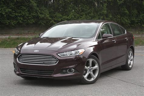 ford recalls fusion fiesta lincoln mkz  faulty door