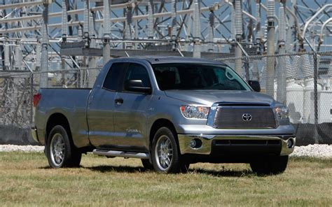 2011 Toyota Tundra Reviews And Rating  Motor Trend