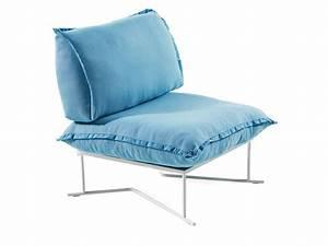 Moderne Kissen Für Sofa : moderne sessel mit bunten kissen f r terrasse und garten idfdesign ~ Bigdaddyawards.com Haus und Dekorationen