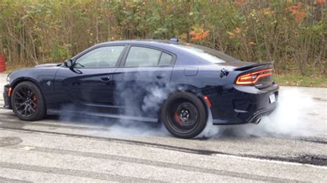 Dodge Charger Hellcat Burnouts by Here S A Official Charger Srt Hellcat Burnout For You