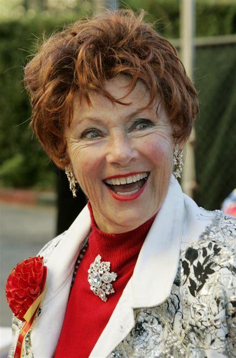 actress ross kelly happy days cast settles merchandise lawsuit against cbs