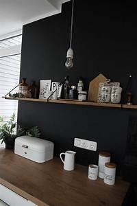 Küchenwände Neu Gestalten : eine schwarze wand f r die k che tag re cuisine decoration cuisine et ambiance deco ~ Sanjose-hotels-ca.com Haus und Dekorationen