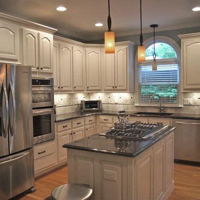 renovating kitchen cabinets 17 best images about kitchen backsplash ideas on 1852