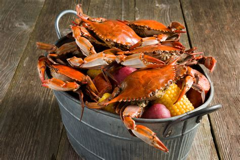 how to boil crabs boiled crabs recipe rouses supermarkets