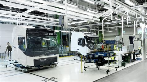volvo truck manufacturing plants how a volvo truck cab is assembled volvo trucks magazine