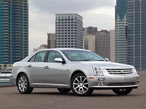 Cadillac Sts Specs  Pictures  U0026 Engine Review