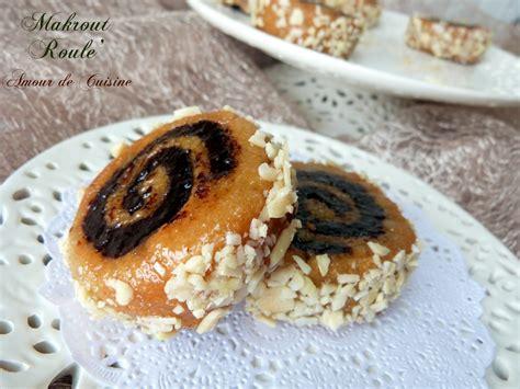 cuisine marocaine makrout aux dattes makrout roulé amour de cuisine