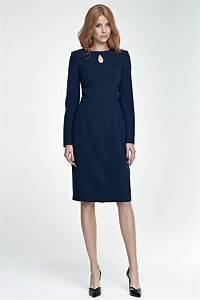 quelle couleur de chaussures porter avec une robe bleu With bleu marine avec quelle couleur