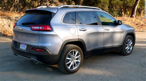 A Compact Crossover Suv That Can Tow